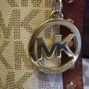 Micheal Kors shoulder bag.